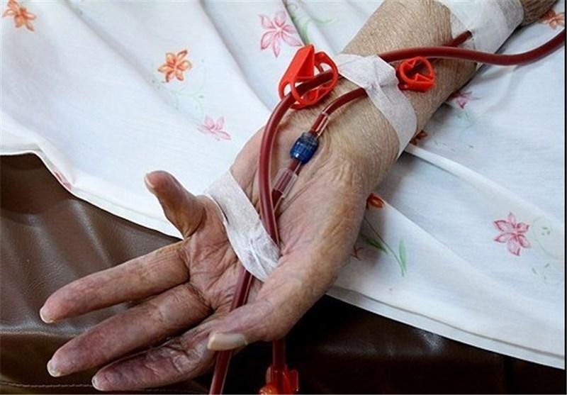 استمداد بیماران از روحانی؛ چرخه تامین دارو در خطر است