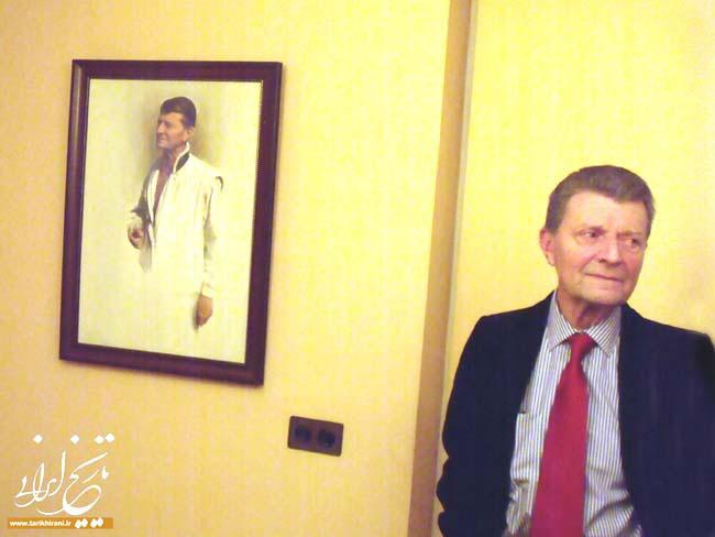 رئيس افتخاري مركز دكتر فريدون علاء