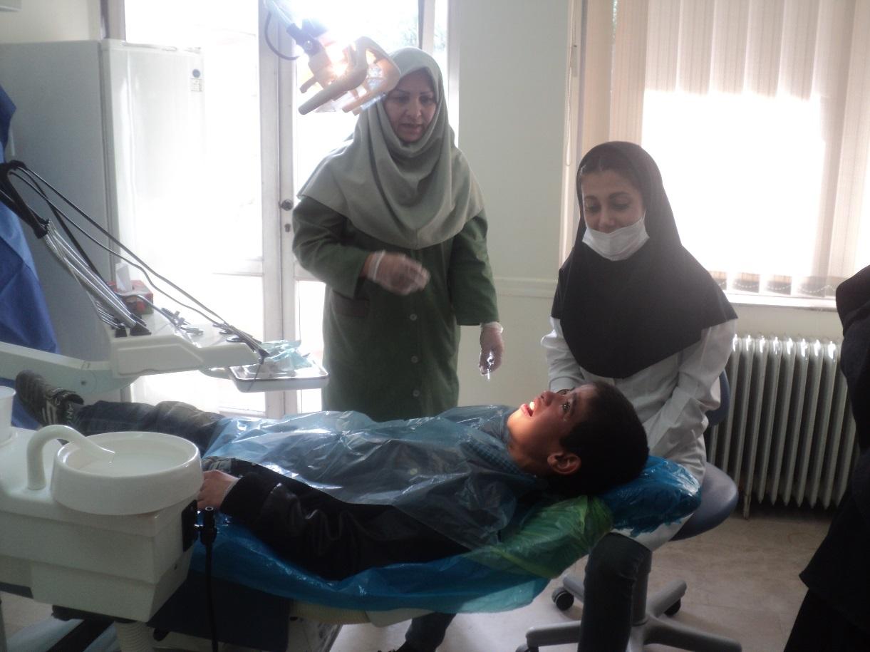 کارگاه مراقبت از دندان ویژه اطفال در درمانگاه جامع سرور مشهد